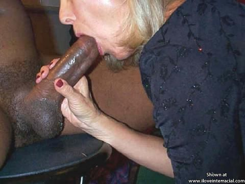 Aunty love black cock