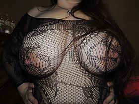 Big Netted Tits: Big Netted Tits